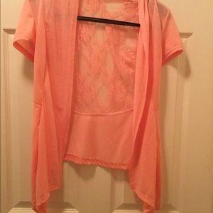 Peach Lacy Asymmetrical Hem Kimono Style Top. Sz M